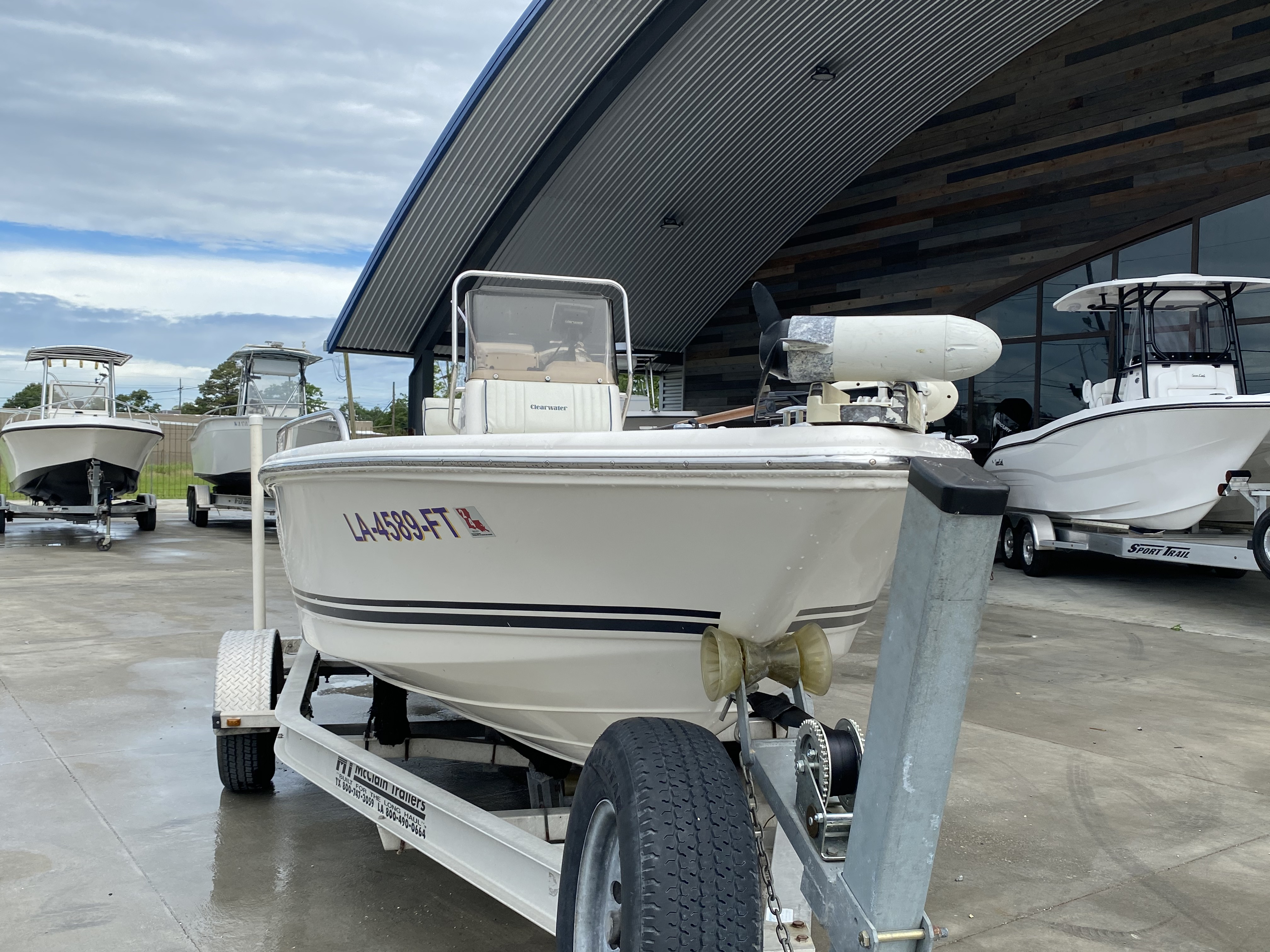 2007 Clearwater boat for sale, model of the boat is 1900 & Image # 11 of 13