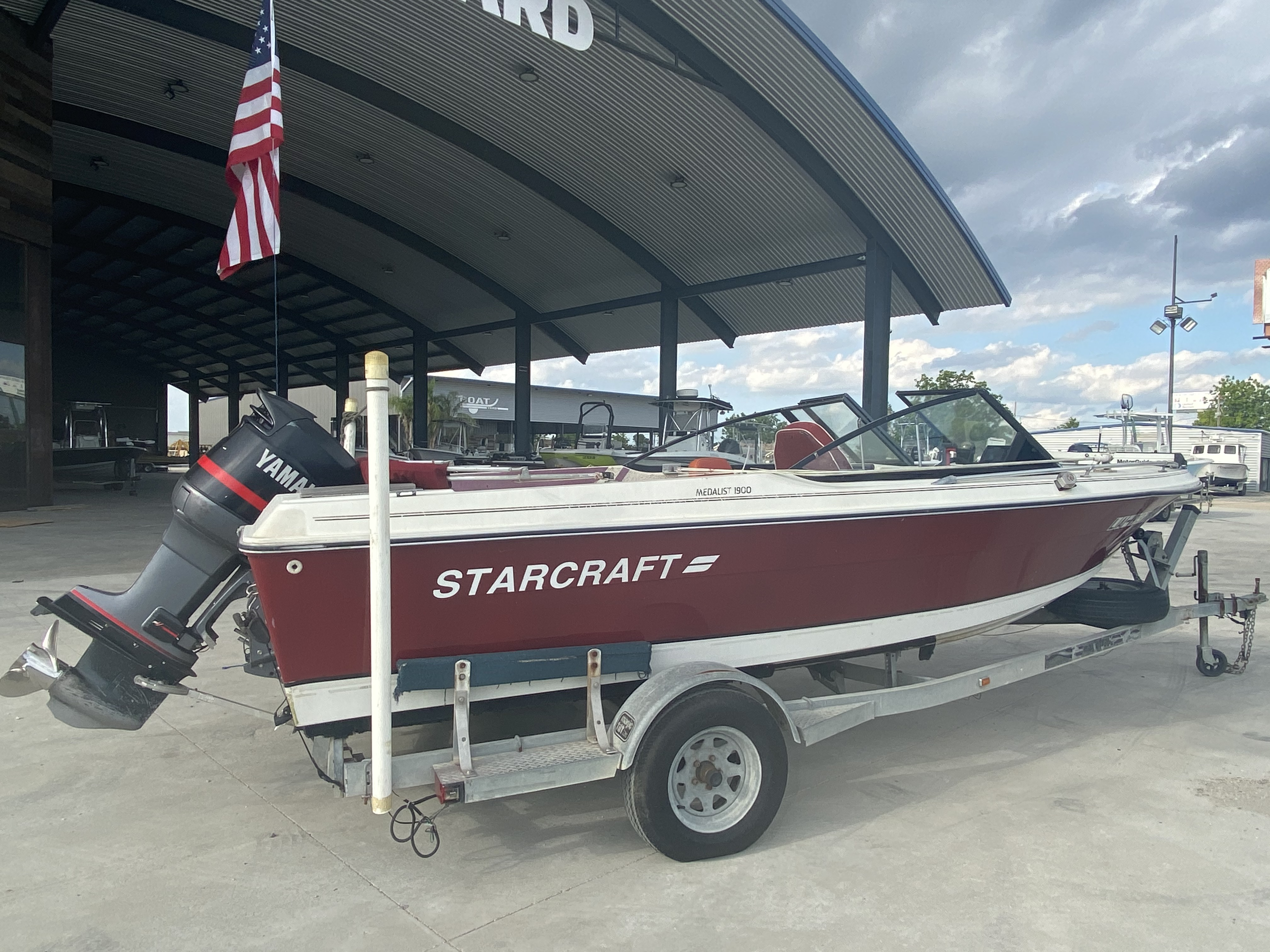 1989 Starcraft boat for sale, model of the boat is 19 & Image # 4 of 9