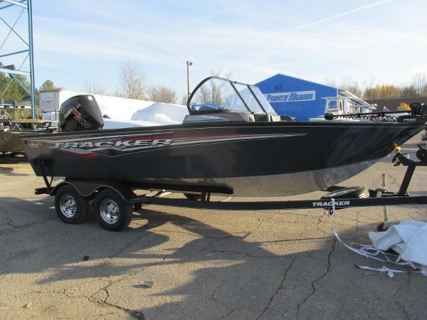 2020 Tracker Boats boat for sale, model of the boat is Targa V-19 WT & Image # 5 of 25