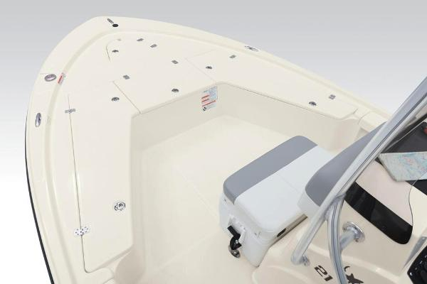 2019 Mako boat for sale, model of the boat is 21 LTS & Image # 14 of 38