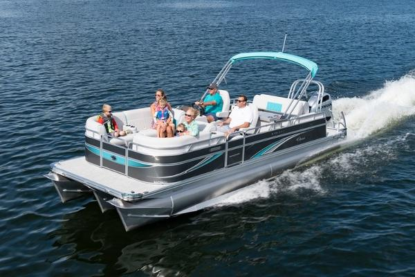 2021 Qwest boat for sale, model of the boat is LS 824 Splash Pad RW & Image # 5 of 11