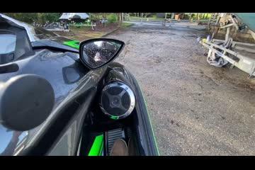 Kawasaki Ultra 310LX video