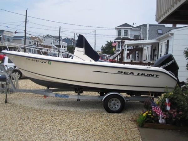 2004 SEA HUNT TRITON 186 for sale