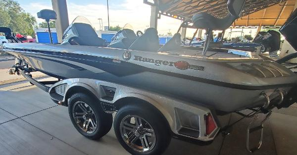 2020 Ranger Boats boat for sale, model of the boat is Z520C Ranger Cup Equipped & Image # 3 of 32