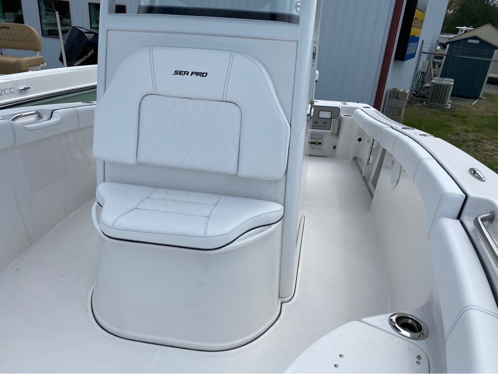 2021 Sea Pro boat for sale, model of the boat is 239 Sport Deep-V Center Console & Image # 6 of 12