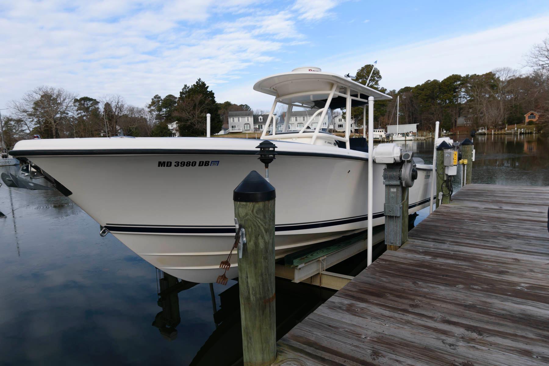M 5905 JB Knot 10 Yacht Sales