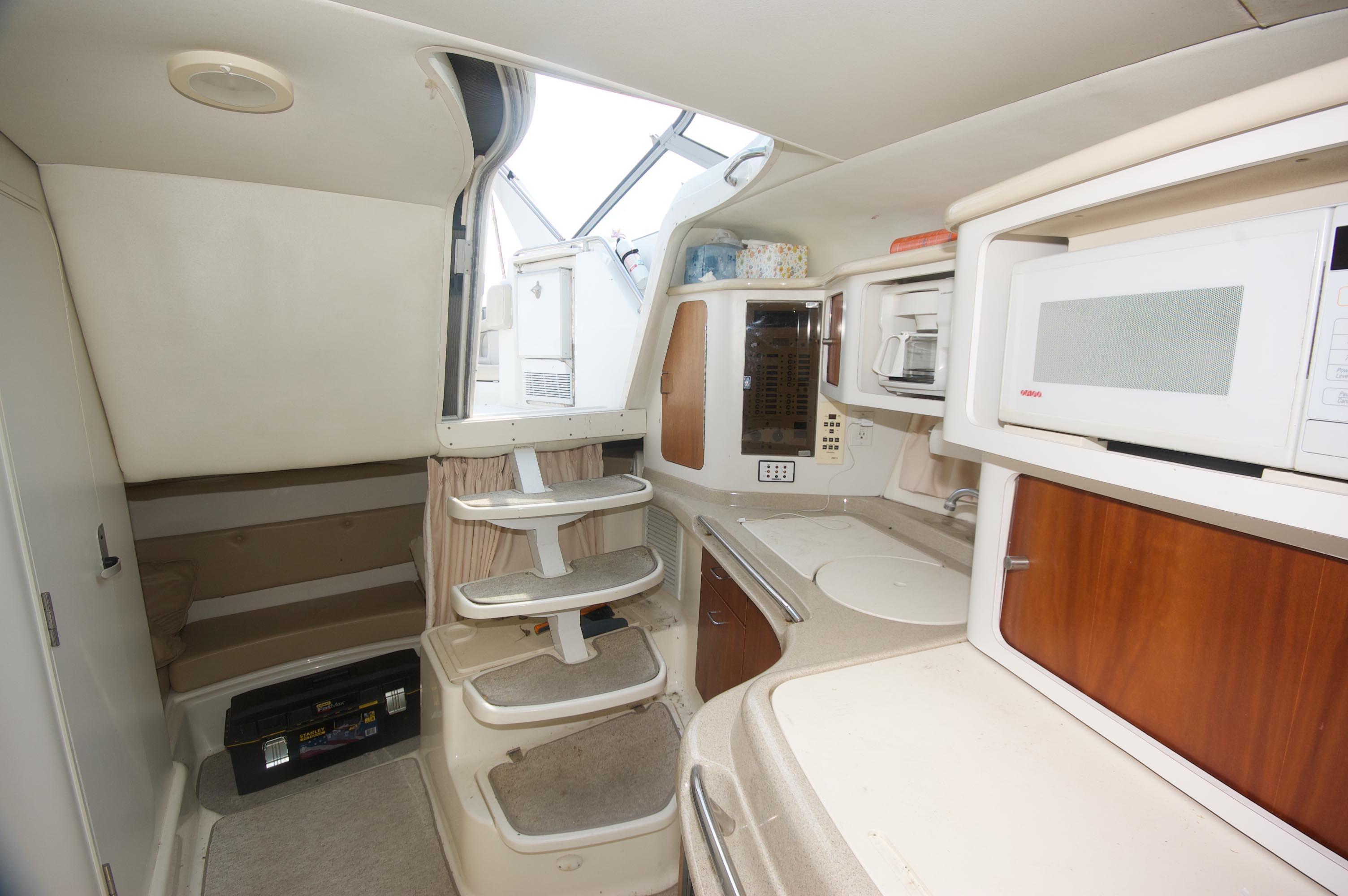 MI 6297 HG Knot 10 Yacht Sales