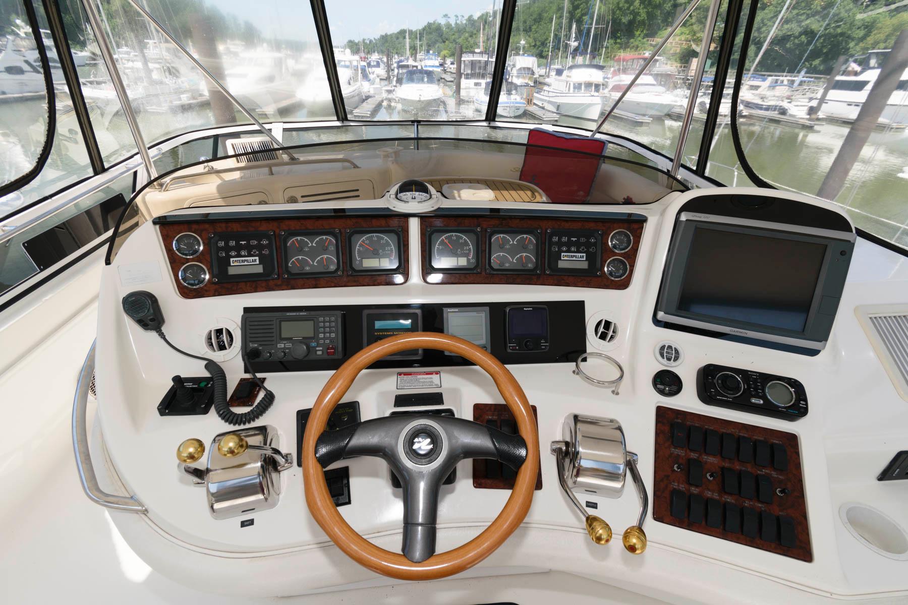 M 6086 VR Knot 10 Yacht Sales