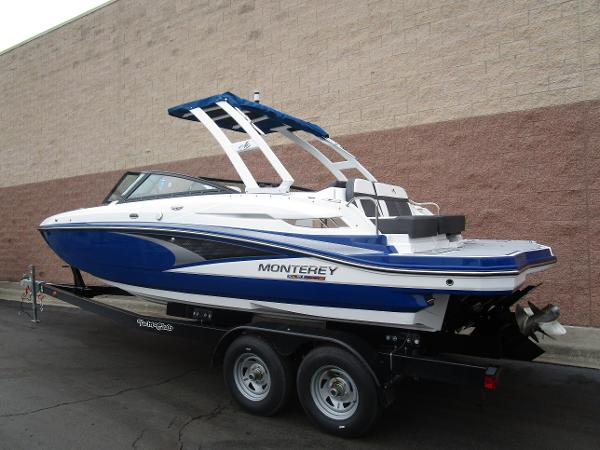 2021 Monterey boat for sale, model of the boat is M4 & Image # 4 of 40