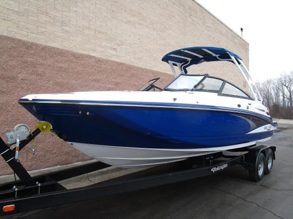 2021 Monterey boat for sale, model of the boat is M4 & Image # 5 of 40