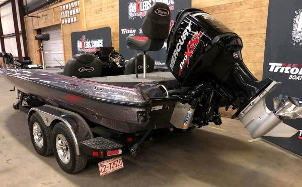 2018 Triton boat for sale, model of the boat is 21 TRX & Image # 2 of 10