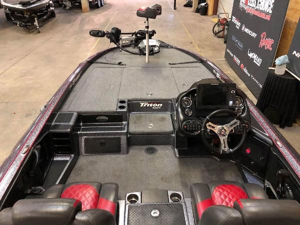 2018 Triton boat for sale, model of the boat is 21 TRX & Image # 3 of 10