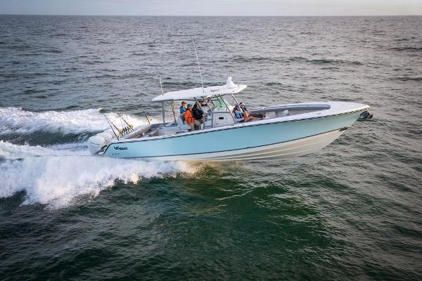 2022 Mako boat for sale, model of the boat is 414 CC & Image # 9 of 129