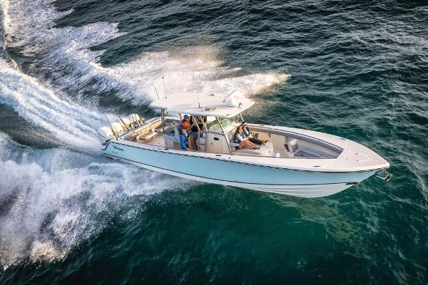 2022 Mako boat for sale, model of the boat is 414 CC & Image # 3 of 129