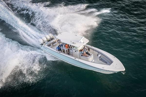 2022 Mako boat for sale, model of the boat is 414 CC & Image # 11 of 129