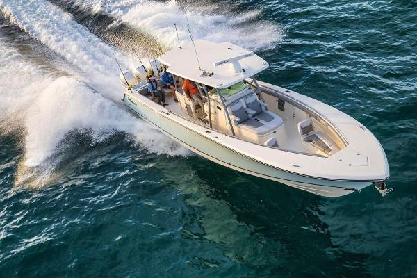 2022 Mako boat for sale, model of the boat is 414 CC & Image # 13 of 129