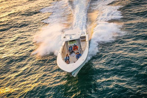 2022 Mako boat for sale, model of the boat is 414 CC & Image # 16 of 129