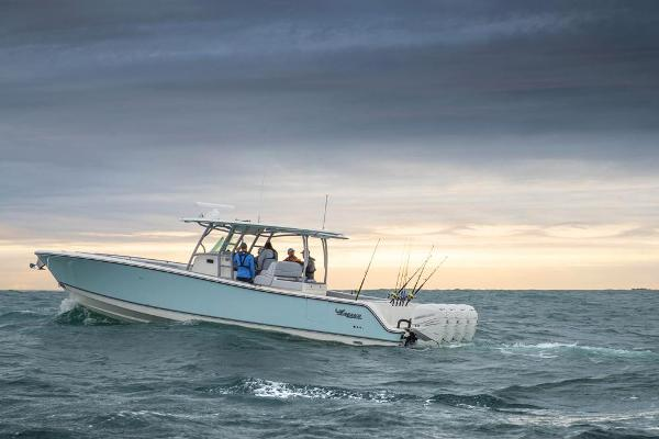 2022 Mako boat for sale, model of the boat is 414 CC & Image # 18 of 129
