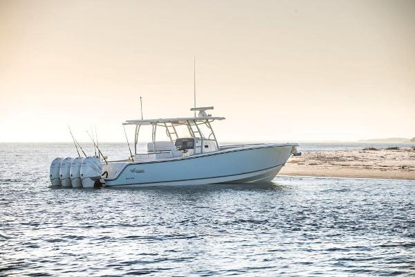 2022 Mako boat for sale, model of the boat is 414 CC & Image # 20 of 129