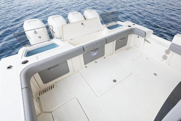 2022 Mako boat for sale, model of the boat is 414 CC & Image # 27 of 129