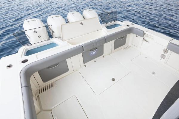 2022 Mako boat for sale, model of the boat is 414 CC & Image # 28 of 129