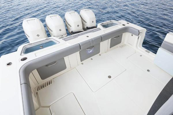 2022 Mako boat for sale, model of the boat is 414 CC & Image # 30 of 129