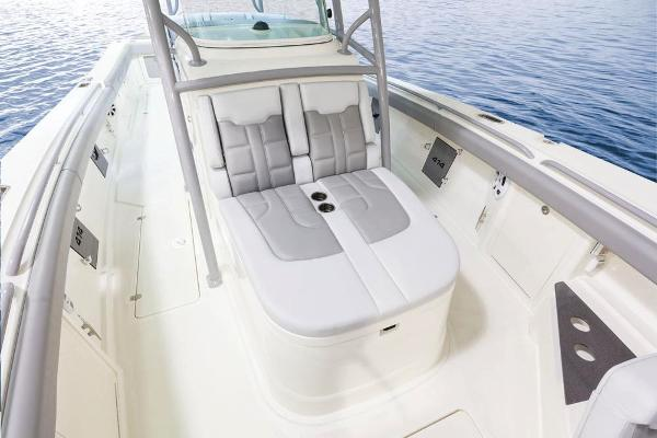 2022 Mako boat for sale, model of the boat is 414 CC & Image # 41 of 129