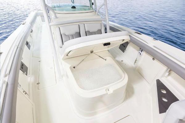 2022 Mako boat for sale, model of the boat is 414 CC & Image # 42 of 129