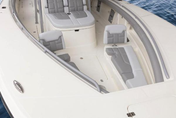 2022 Mako boat for sale, model of the boat is 414 CC & Image # 46 of 129