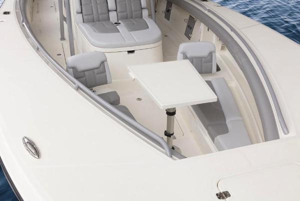 2022 Mako boat for sale, model of the boat is 414 CC & Image # 47 of 129