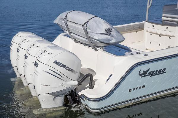 2022 Mako boat for sale, model of the boat is 414 CC & Image # 51 of 129