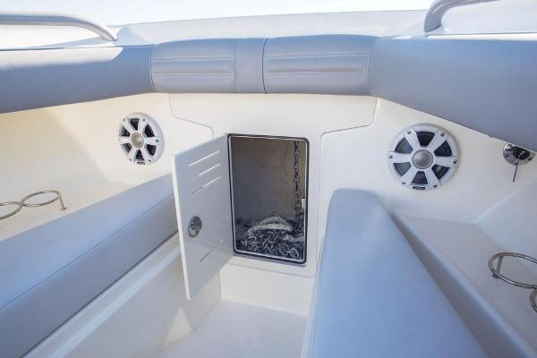 2022 Mako boat for sale, model of the boat is 414 CC & Image # 60 of 129