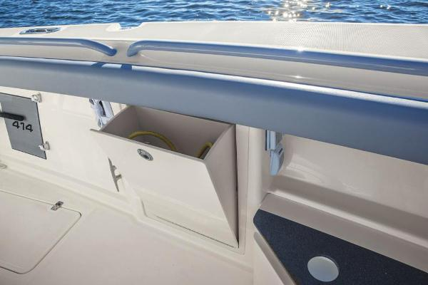2022 Mako boat for sale, model of the boat is 414 CC & Image # 66 of 129