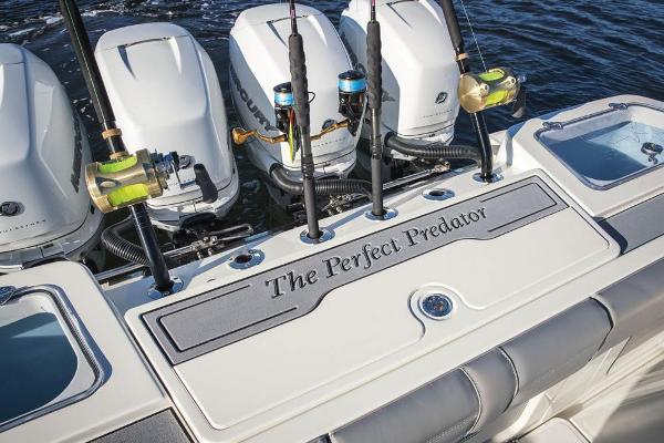 2022 Mako boat for sale, model of the boat is 414 CC & Image # 74 of 129