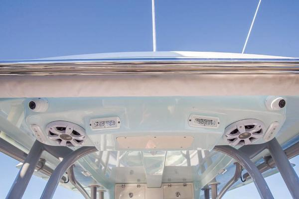 2022 Mako boat for sale, model of the boat is 414 CC & Image # 84 of 129