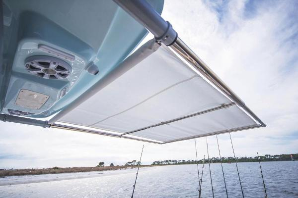 2022 Mako boat for sale, model of the boat is 414 CC & Image # 85 of 129