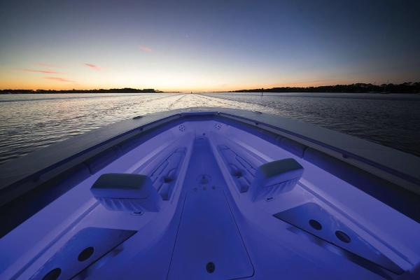 2022 Mako boat for sale, model of the boat is 414 CC & Image # 87 of 129