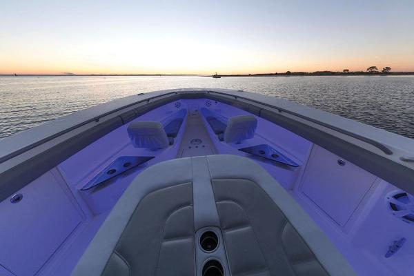 2022 Mako boat for sale, model of the boat is 414 CC & Image # 90 of 129