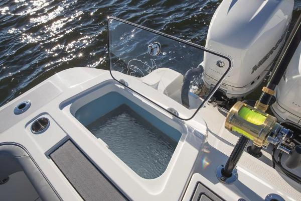 2019 Mako boat for sale, model of the boat is 414 CC Family Edition & Image # 74 of 108