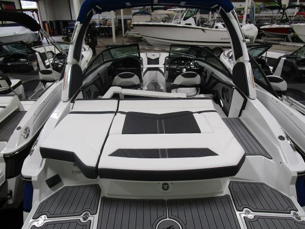 2021 Monterey boat for sale, model of the boat is 238 Super Sport & Image # 9 of 11