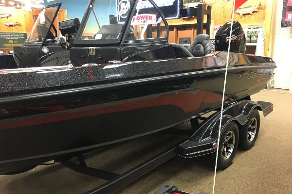 2020 Nitro boat for sale, model of the boat is ZV20 Pro & Image # 1 of 20