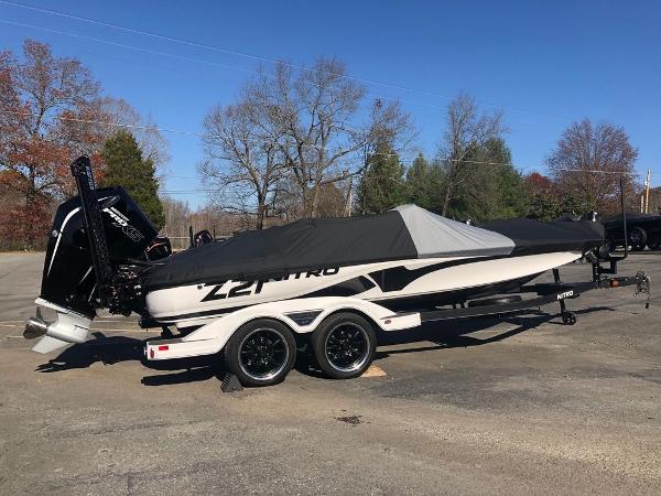 2021 Nitro boat for sale, model of the boat is Z21 & Image # 5 of 33