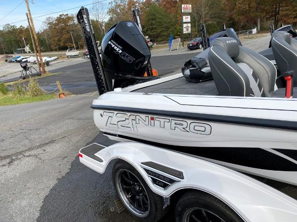 2021 Nitro boat for sale, model of the boat is Z21 & Image # 13 of 33