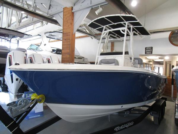 2021 NAUTIC STAR 2102 LEGACY for sale