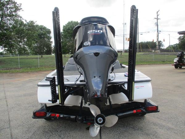 2016 Skeeter boat for sale, model of the boat is FX Limited Edition LE-FX21 & Image # 11 of 12