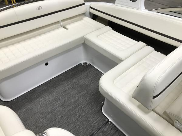 2021 Cobalt boat for sale, model of the boat is R5 & Image # 13 of 13