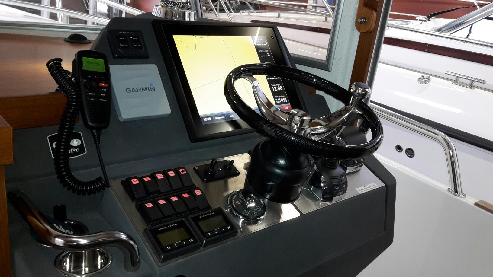 2013 Sargo 36 helm