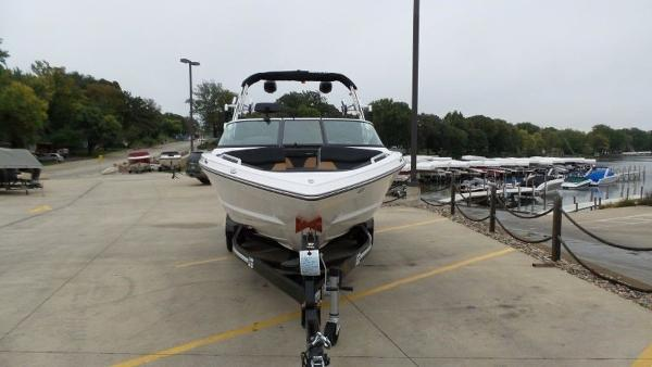 2020 Mastercraft boat for sale, model of the boat is XT23 & Image # 6 of 39