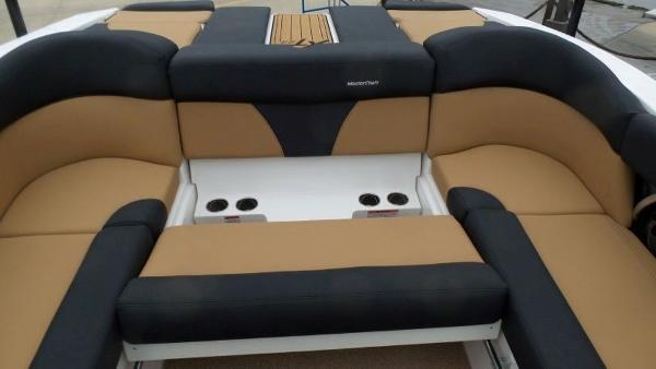 2020 Mastercraft boat for sale, model of the boat is XT23 & Image # 10 of 39