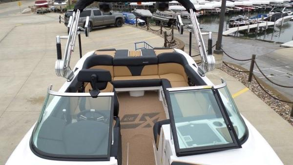 2020 Mastercraft boat for sale, model of the boat is XT23 & Image # 14 of 39